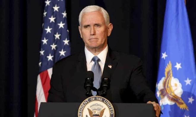 Ông Mike Pence tái xuất, chỉ trích mạnh mẽ Tổng thống Joe Biden ảnh 1
