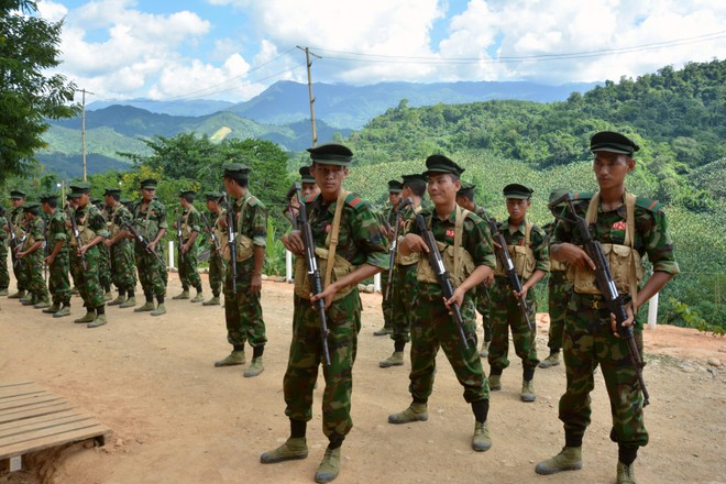 Nhóm nổi dậy Myanmar tuyên bố bắn rơi trực thăng của quân đội ảnh 1