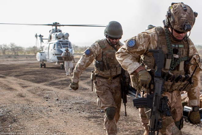 14 nước EU đề xuất thành lập lữ đoàn quân đội riêng của khối ảnh 1