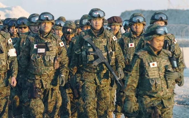 Nhật Bản lần đầu tập trận chung với quân đội Mỹ, Pháp ảnh 1