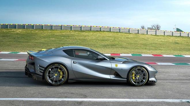 [ẢNH] Siêu xe Ferrari 812 Competizione được bán sạch chỉ trong vài ngày ảnh 11