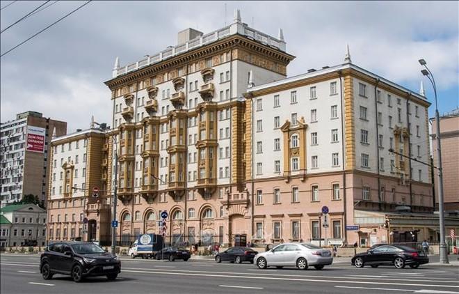 Đại sứ quán Mỹ tại Nga ngừng phần lớn dịch vụ do thiếu nhân viên ảnh 1