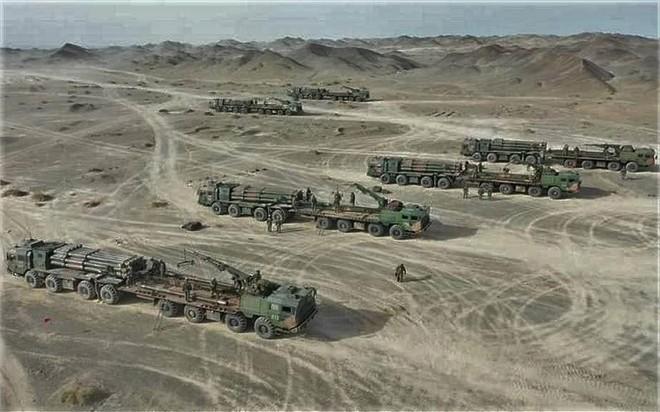 [ẢNH] Trung Quốc triển khai hệ thống rocket phóng loạt PHL-03 đến gần biên giới Ấn Độ ảnh 7