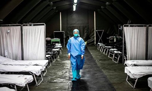 115.000 nhân viên y tế trên thế giới đã tử vong vì dịch Covid-19 ảnh 1