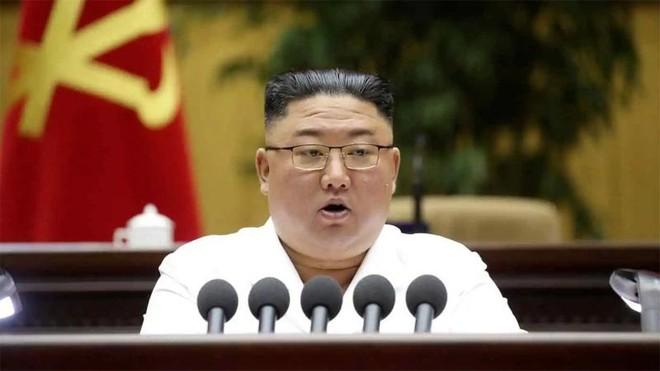 Chủ tịch Triều Tiên Kim Jong-un yêu cầu tăng cường sức mạnh quân đội ảnh 1