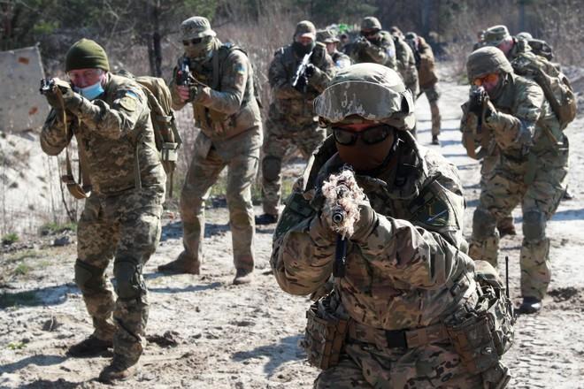 NATO muốn huấn luyện cho lực lượng đặc nhiệm Afghanistan tại Qatar ảnh 1