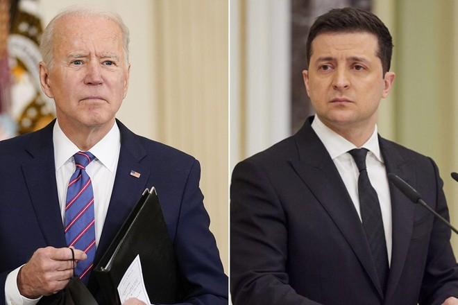 Tổng thống Mỹ Joe Biden nói 'còn phải xem xét' việc Ukraine gia nhập NATO ảnh 1
