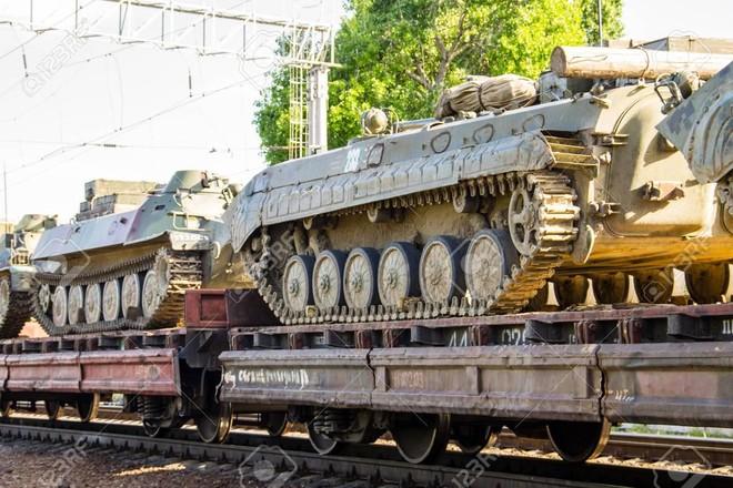 [VIDEO] Ấn Độ thử nghiệm đoàn tàu vận tải vũ khí hạng nặng mới ảnh 1