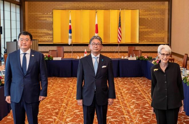 Mỹ - Nhật Bản - Hàn Quốc thống nhất về chính sách với Triều Tiên ảnh 1