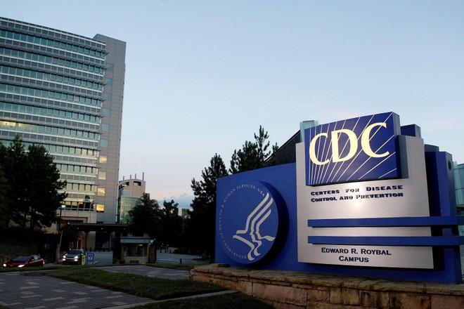 CDC Mỹ đề xuất tiêm chủng bắt buộc, yêu cầu đeo khẩu trang vì biến thể Delta ảnh 1