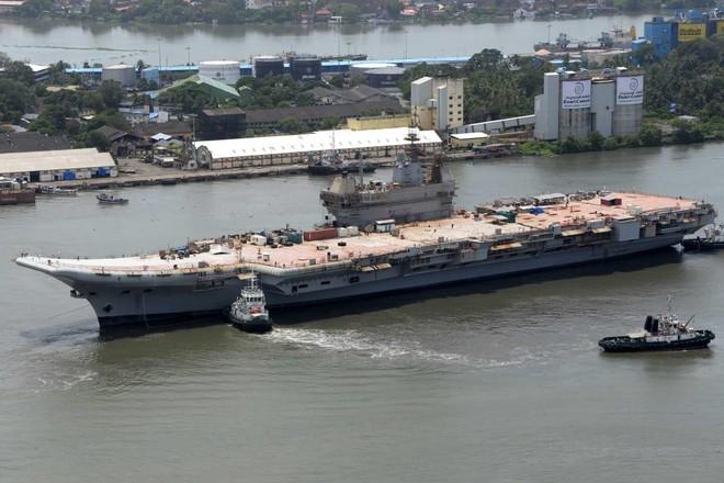 [VIDEO] Ấn Độ bắt đầu thử nghiệm tàu sân bay nội địa INS Vikrant ảnh 1