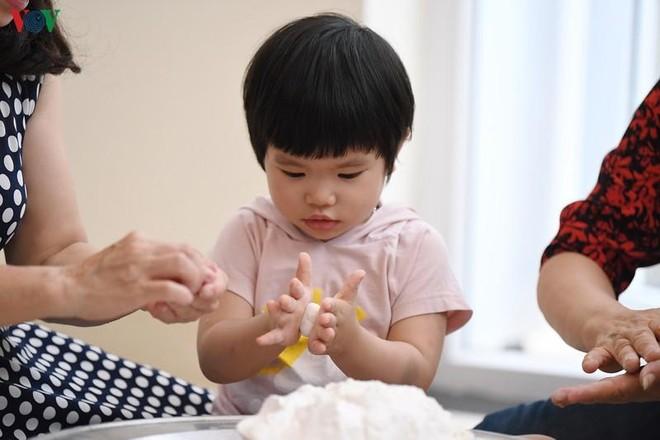 Cha mẹ nên làm gì khi trẻ nghỉ dịch ở nhà ảnh 1