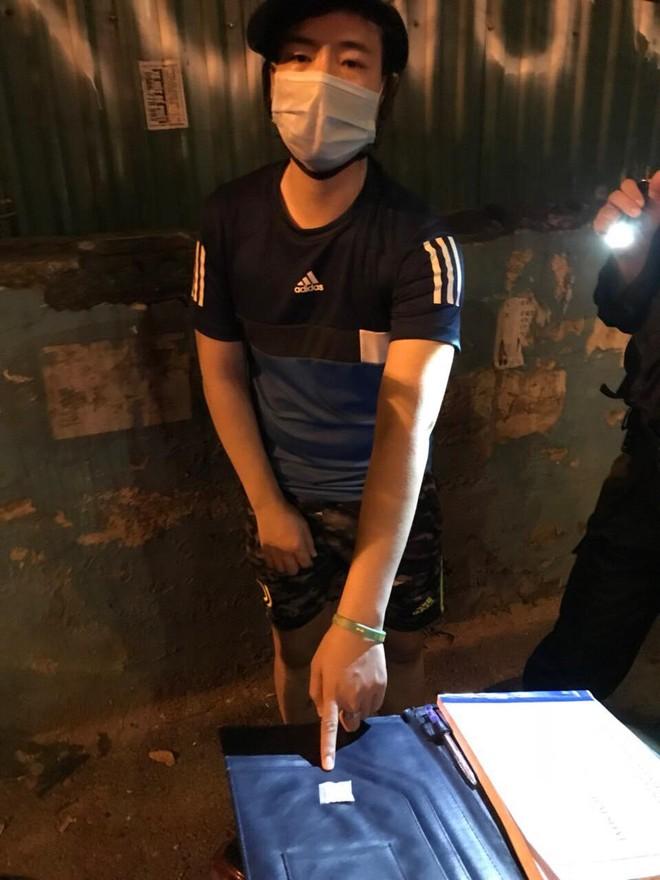 Một ngày, Cảnh sát cơ động bắt giữ 2 vụ tàng trữ trái phép ma túy ảnh 1