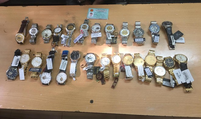 Trộm 27 chiếc đồng hồ hàng hiệu tại Lào Cai, trốn xuống Hà Nội gặp ngay... Cảnh sát 141 ảnh 2