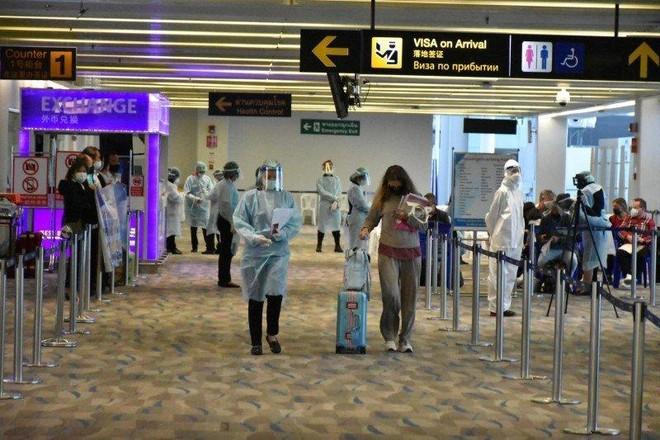 Số ca nhiễm Covid-19 tăng cao, đảo Phuket ở Thái Lan có nguy cơ phải đóng cửa ảnh 1