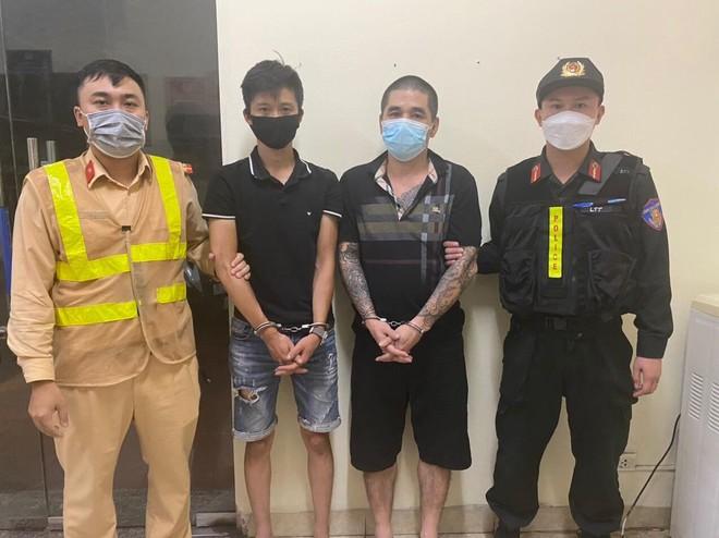 Gặp cảnh sát 141, đối tượng tàng trữ ma túy bỏ chạy bất thành ảnh 1