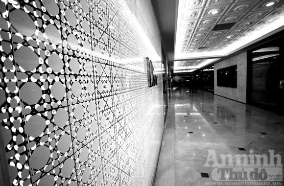 Ngắm nội thất xa xỉ của Trung tâm mua sắm hàng hiệu- Tràng Tiền Plaza ảnh 12