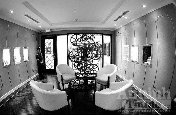 Ngắm nội thất xa xỉ của Trung tâm mua sắm hàng hiệu- Tràng Tiền Plaza ảnh 10