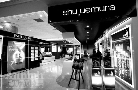 Ngắm nội thất xa xỉ của Trung tâm mua sắm hàng hiệu- Tràng Tiền Plaza ảnh 9
