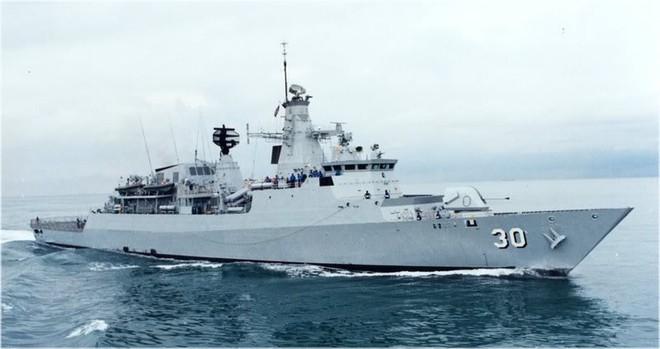 Hải quân Singapore và Malaysia diễn tập Malapura 2013 ảnh 1