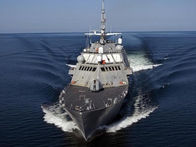 """Siêu hạm LSC-1 Freedom của Mỹ 3 lần """"tắt điện"""" trên biển Đông ảnh 1"""