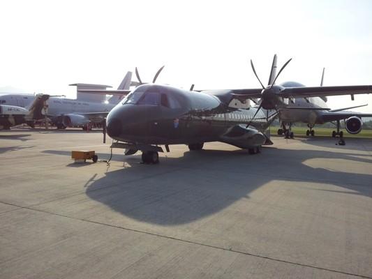 Indonesia sẽ sở hữu 16 máy bay vận tải C-295 ảnh 1