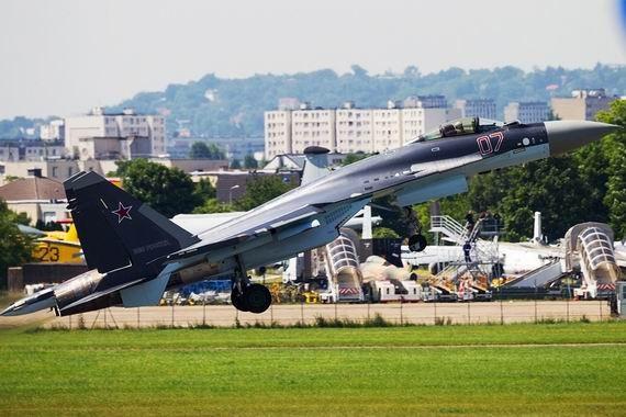 """Phương Tây tán dương: """"Su-35 không phải máy bay thường mà là… UFO"""" ảnh 1"""