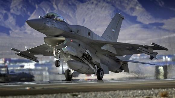 Choáng với bản kê 11 tỷ USD vũ khí, Mỹ bán cho UAE và Saudi Arabia ảnh 1