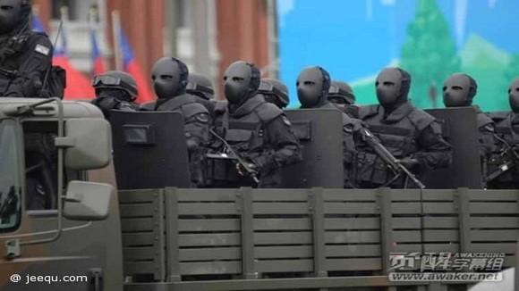 """Mặt nạ chống đạn kiểu """"ác quỷ"""" của đặc nhiệm Đài Loan ảnh 3"""