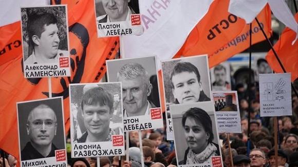 Nga: Biểu tình cực lớn phản đối Tổng thống Putin ảnh 2