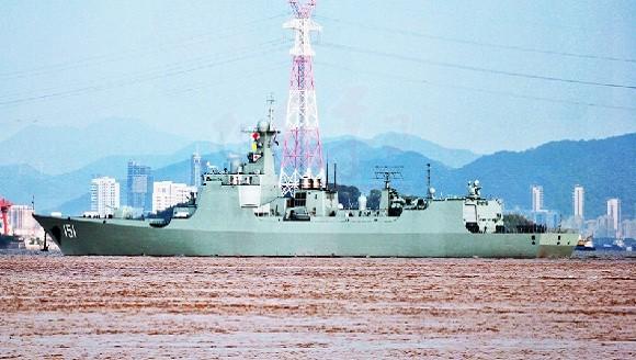 """Lộ diện khu trục hạm """"Aegis Trung Hoa"""" thứ 4 ảnh 1"""