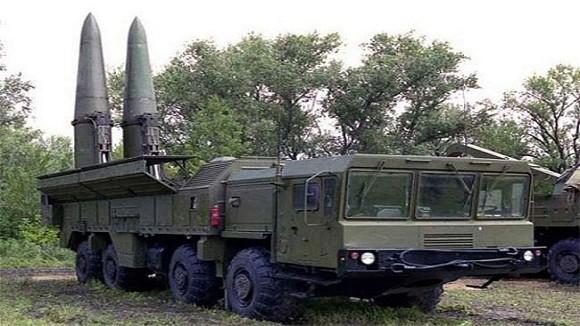 """Quân đội Nga tiếp nhận """"sát thủ đối đất"""" Iskander-M ảnh 1"""