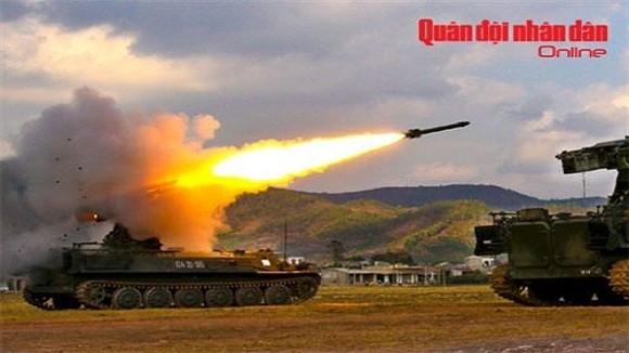 Sát thủ phòng không tầm thấp Việt Nam Strela-10 ảnh 1