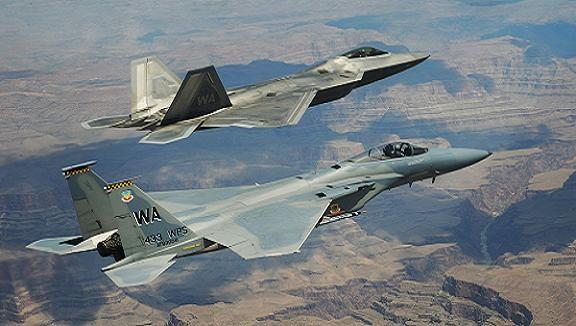 """Mỹ """"gợi ý khéo"""": Ít tiền, Hàn Quốc nên mua cả F-15 và F-35 ảnh 1"""