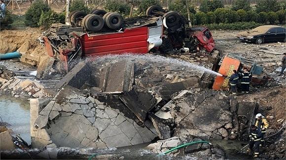 Hình ảnh vụ nổ như bị ném bom rải thảm ở Thanh Đảo - Trung Quốc ảnh 12