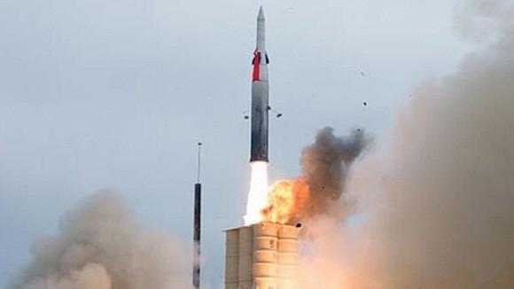 Israel phóng thử tên lửa đánh chặn tầm xa Arrow III ảnh 1