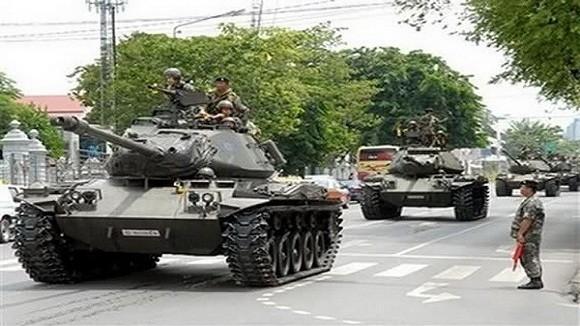 Quân đội Thái Lan ồ ạt đưa xe tăng, binh lính vào Bangkok làm gì? ảnh 1