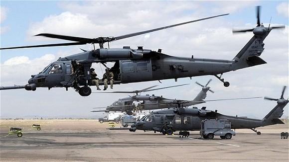 Trực thăng HH-60G của Mỹ rơi tại Anh, 4 người tử nạn ảnh 1