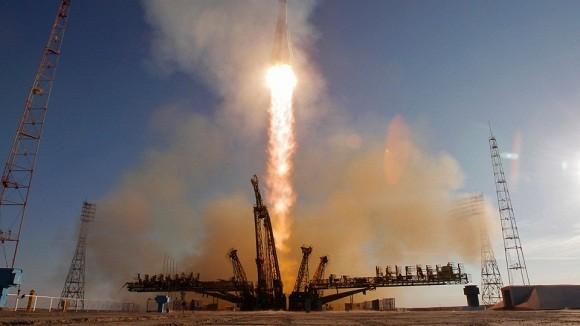 Nga: Hơn 10 nghìn nhân viên và hệ thống giám sát vũ trụ bảo vệ Olympic Sochi ảnh 1