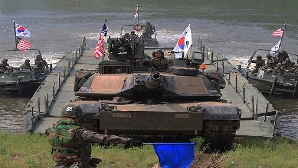 """Hàn Quốc phải chi gần tỷ USD """"thuê"""" hiện diện của quân Mỹ ảnh 1"""