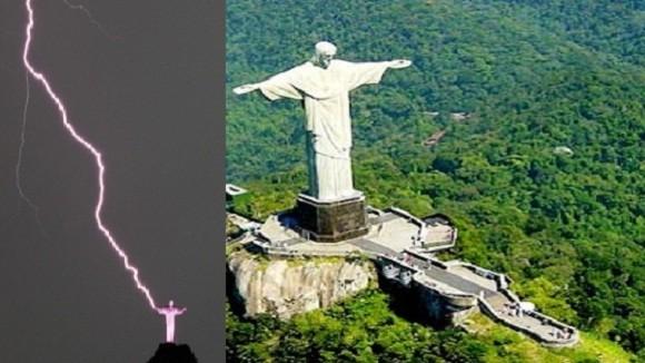 Tượng Chúa Kitô ở Rio de Janeiro bị… sét đánh mất một ngón tay ảnh 1