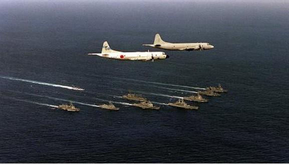 """3 tướng Nhật tuyên bố chiến hạm Trung Quốc chỉ làm """"bia ngắm bắn"""" ảnh 4"""