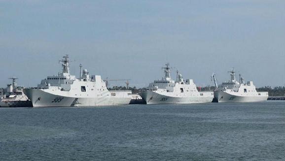 Trung Quốc kéo 3 chiến hạm khủng mang 3 trực thăng diễn tập tại biển Đông ảnh 1