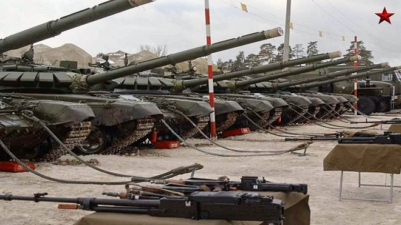 """Nga mang tăng """"phổ thông"""" T-72 đấu với các siêu tăng Top 10 thế giới? ảnh 7"""