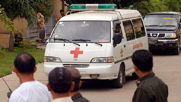 Campuchia: Lựu đạn nổ biến 1 đám cưới thành 9 đám tang ảnh 1