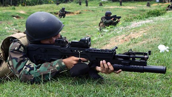 Việt Nam thay thế dòng AK của Nga bằng súng Galil của Israel? ảnh 1