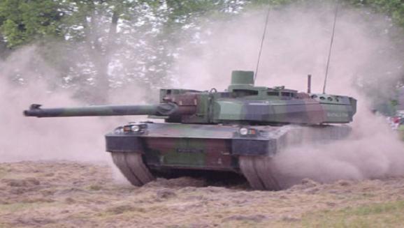 Pháp chi hơn 2 tỷ Euro sắm 2.300 xe thiết giáp mới ảnh 1