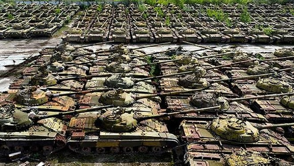 Ukraine chi 697 triệu USD nâng cấp vũ khí, quyết đấu với Nga ảnh 1