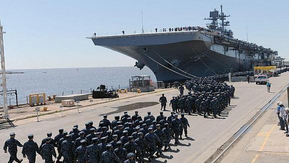 Tàu đổ bộ tấn công số 1 thế giới LHA-6 America gia nhập hải quân Mỹ ảnh 5