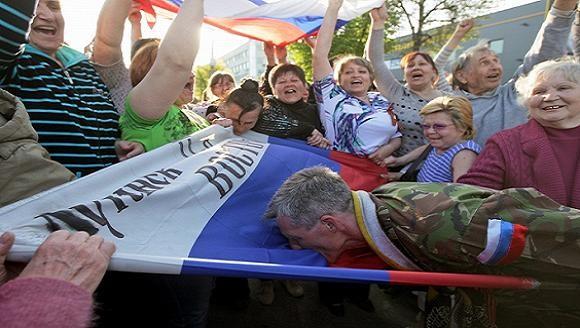 """Thêm một tỉnh miền Đông Ukraine tuyên bố lập """"nước cộng hòa nhân dân"""" ảnh 1"""